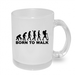 Hrníček s potiskem evoluce Born to walk. Dárek pro milovníka v chůzi po horách